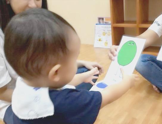 赤ちゃん向けカリキュラム baby
