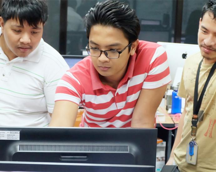 KredoのIT留学後に、海外IT企業で実践インターン!海外ITインターン留学プログラム