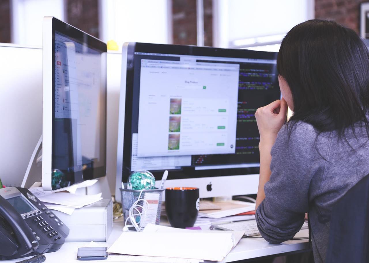 独学におすすめのプログラミング学習サイト5選 | サイトの選び方からタイプまで紹介