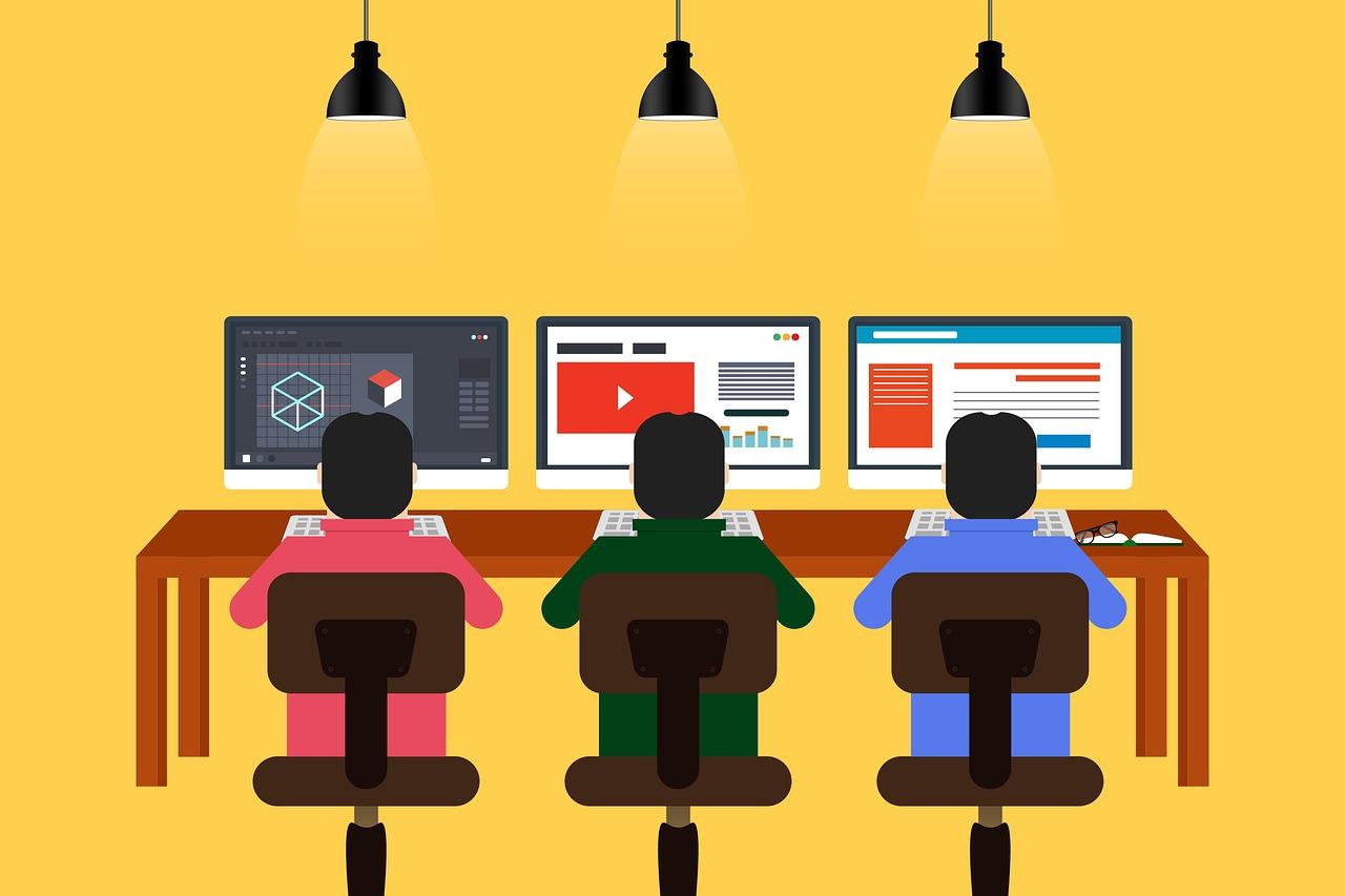 プログラミングを習得するのに必要な時間と効率的な時間の使い方は?