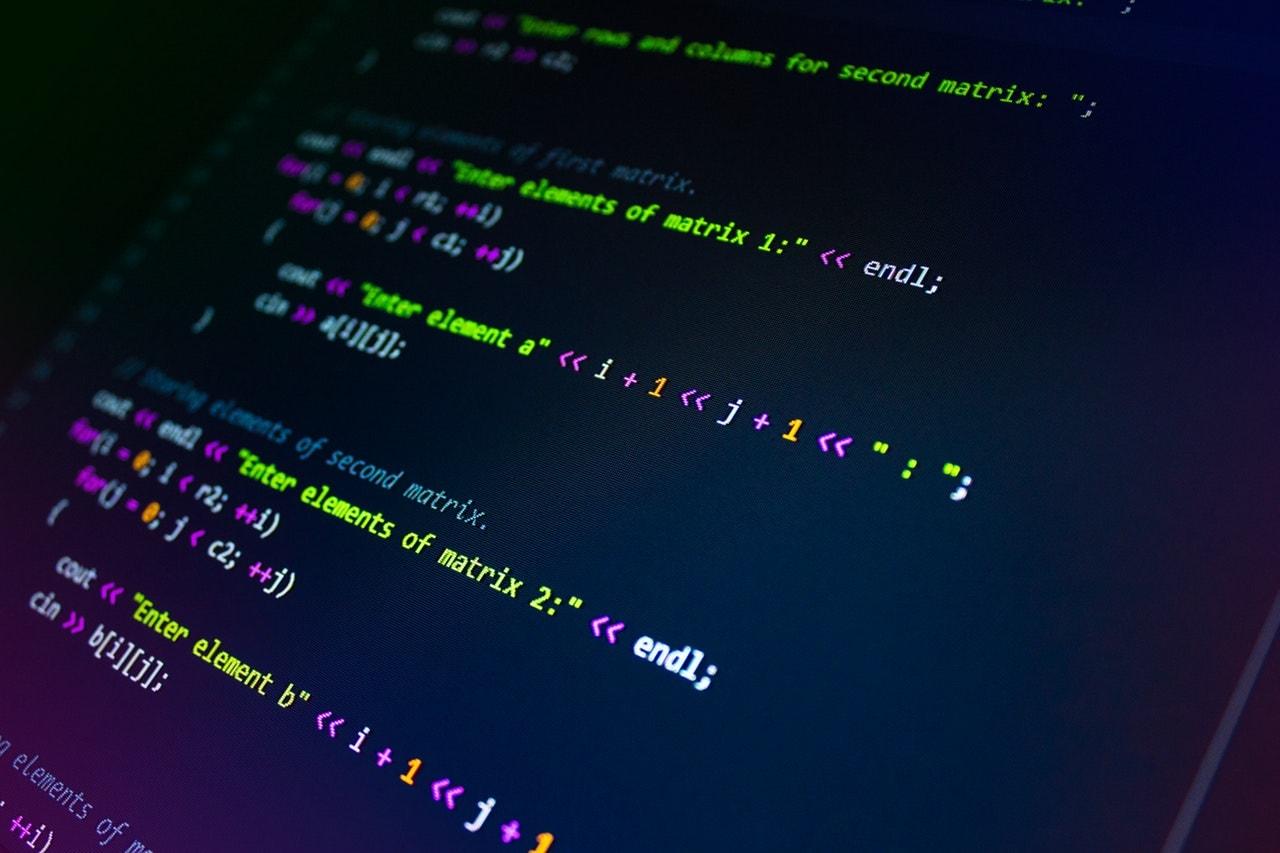 平均年収が高いプログラミング言語は?→Go言語