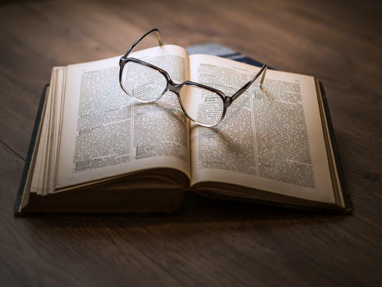 【HTML&CSS初心者におすすめしたい勉強用の本11選】と自分に合った本の選び方